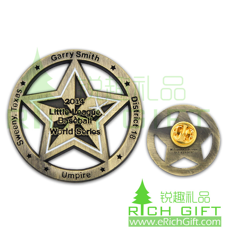 Zinc alloy hollow out badge with star shape and antique effect