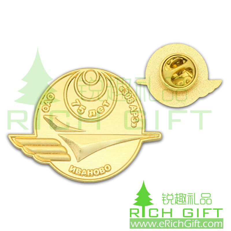 Cheap custom gold plating lapel pins with 3D logo