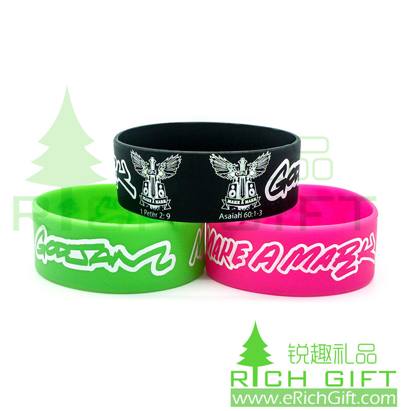 Fashion custom wide silicone wristbands with printing logo