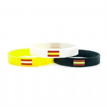 High quality custom Silicone wristbands with national falg logo