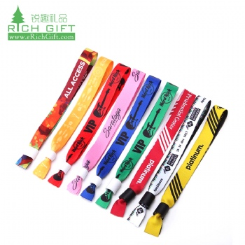 Free sample custom polyester satin silk screen printed fabric festival wristband with plastic lock