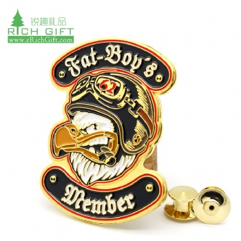 Wholesale personalized custom metal zinc alloy enamel gold plated secret service special forces badge no minimum